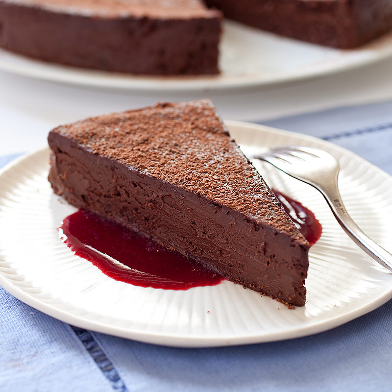 The Ultimate Flourless Chocolate Cake Recipe - America's Test Kitchen