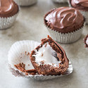 Chocolate 'Mallow Cookie Cups