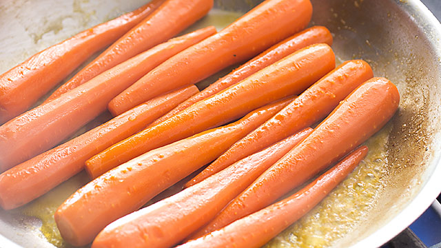 Slow Cooked Whole Carrots America S Test Kitchen