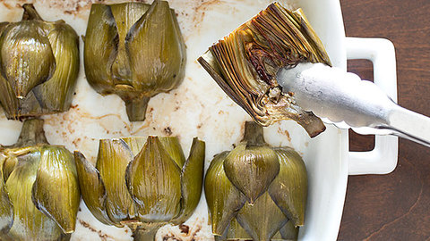 Feature landing 16x9 sfs roasted artichokes 31