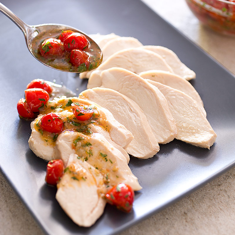 Video: Perfect Poached Chicken Breasts - America's Test Kitchen