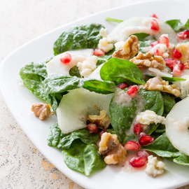 Spinach Salad with Gorgonzola and Pear