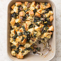 Sourdough Dressing with Kale and Mushrooms
