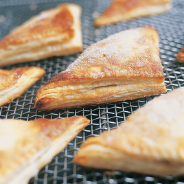 Detail flaky apple turnover article