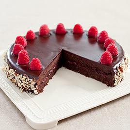 Detail cvr sfs chocolate raspberry torte 006 1 article