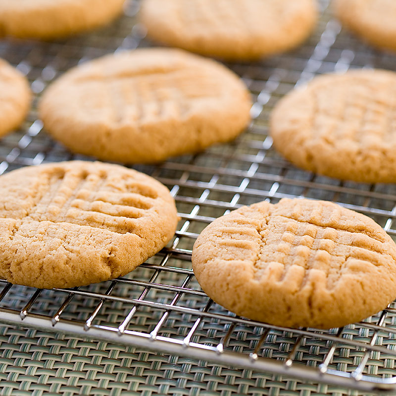 Low-Fat Peanut Butter Cookies