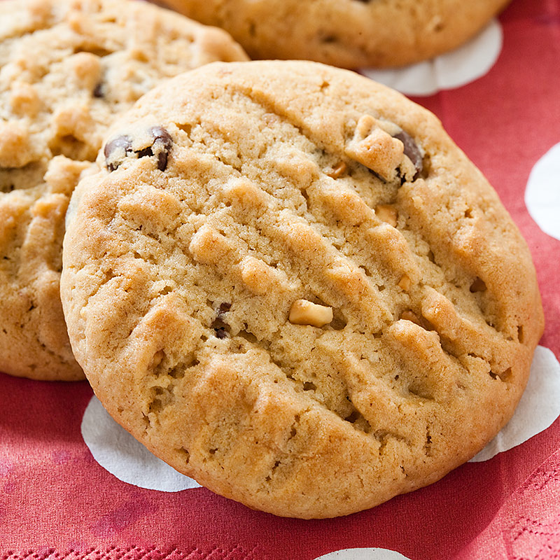 Deluxe Peanut Butter and Banana Chocolate Chip Cookies