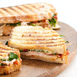 Detail sfs smoked 20turkey 20club 20panini 04 276090