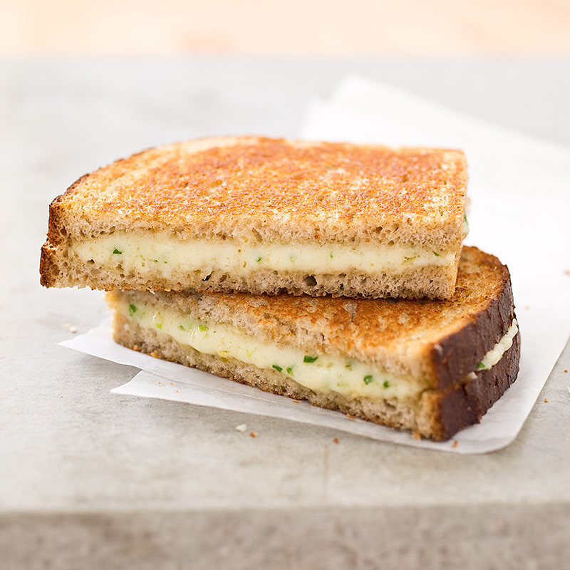 Grown-Up Grilled Cheese Sandwiches with Gruyère and Chives Recipe ...