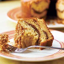 Sour Cream Coffee Cake With Brown Sugar Pecan Streusel