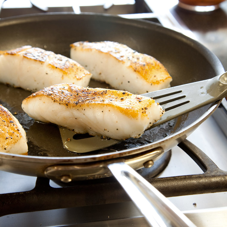 Skillet Roasted Fish Fillets America S Test Kitchen