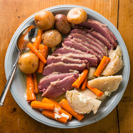 how to cook corned beef brisket in slow cooker