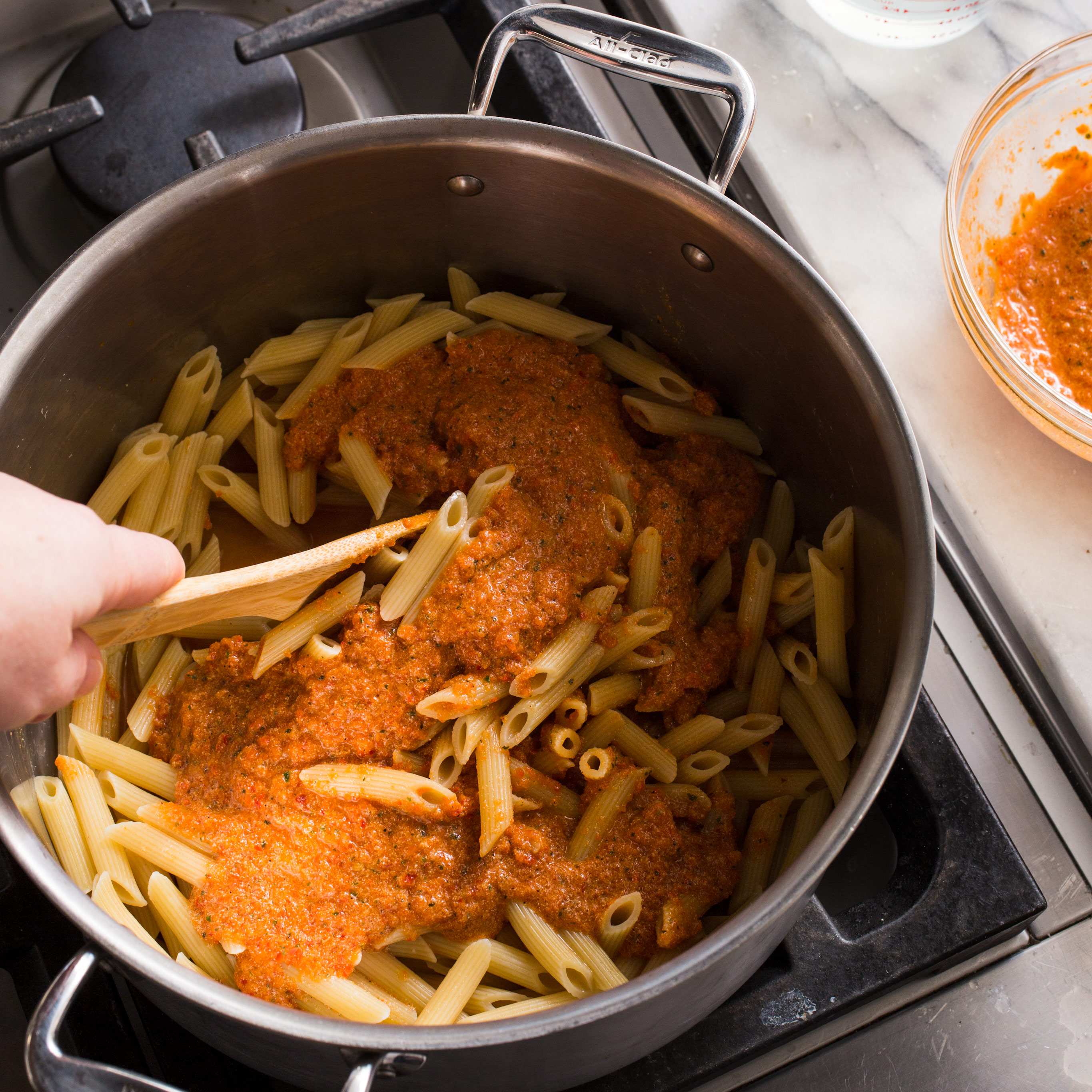Penne with Red Pepper Pesto (Pesto Calabrese)