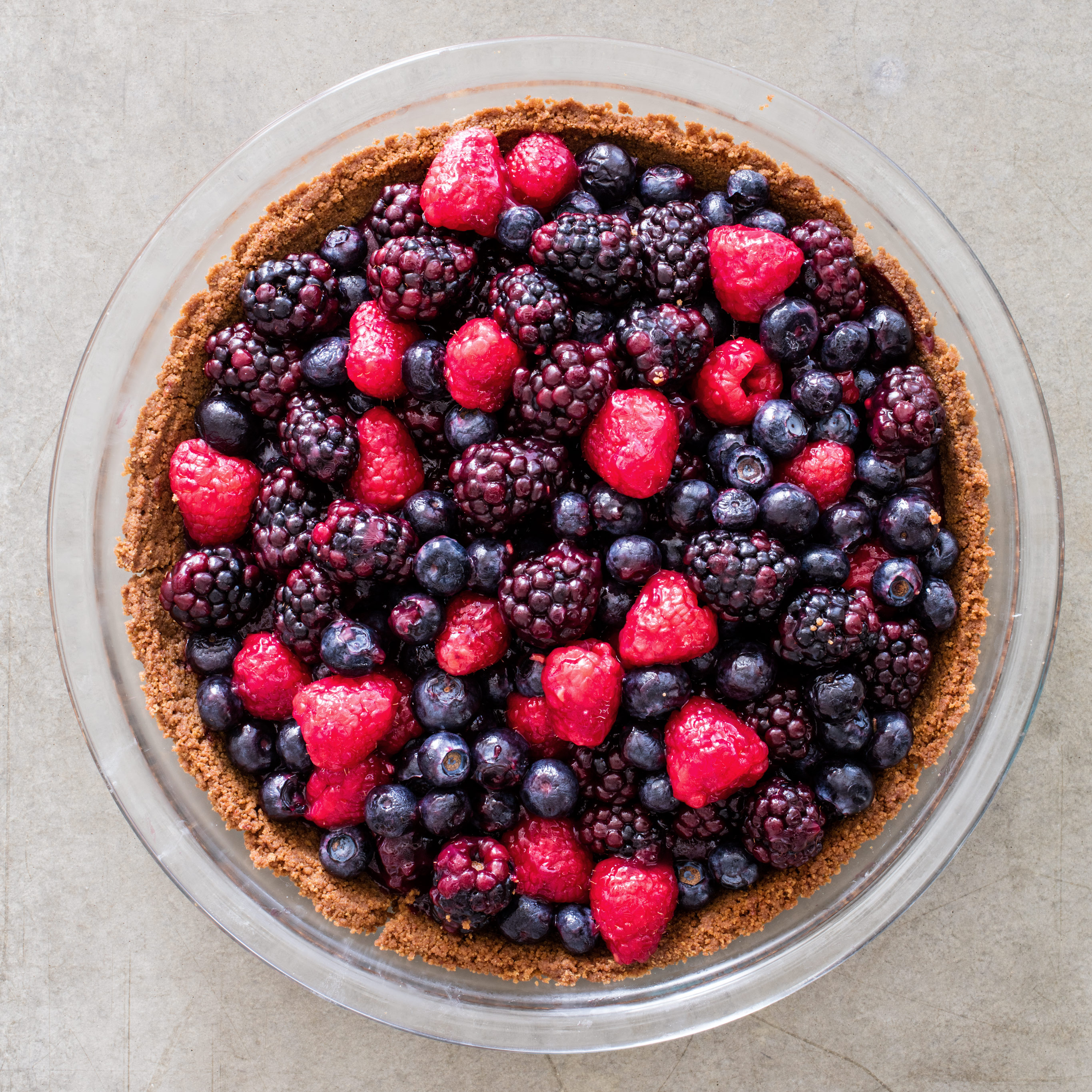 Summer Berry Pie & Baking Pies in Disposable Pie Plates | Cook\u0027s Illustrated