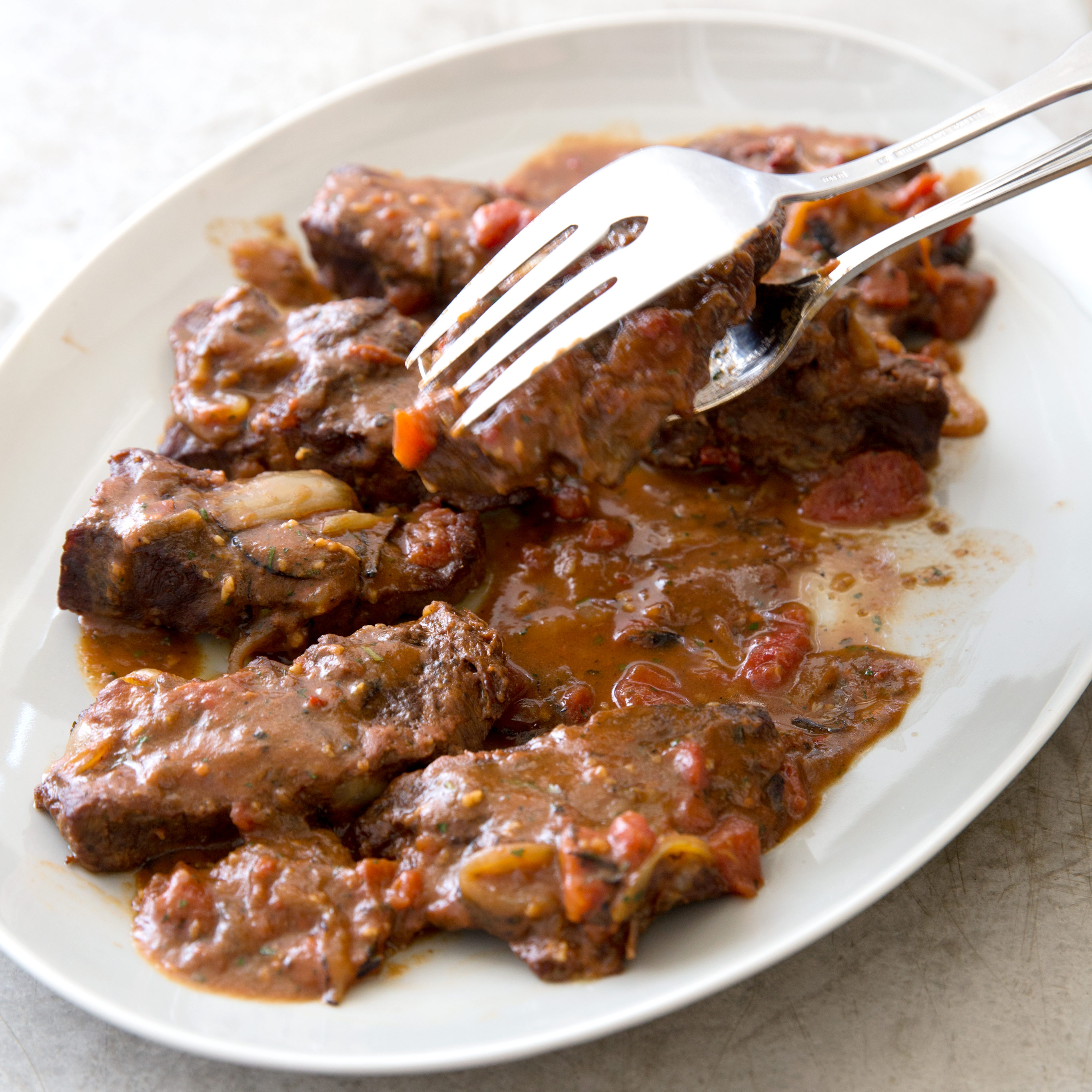 how to cook swiss steak on the stove