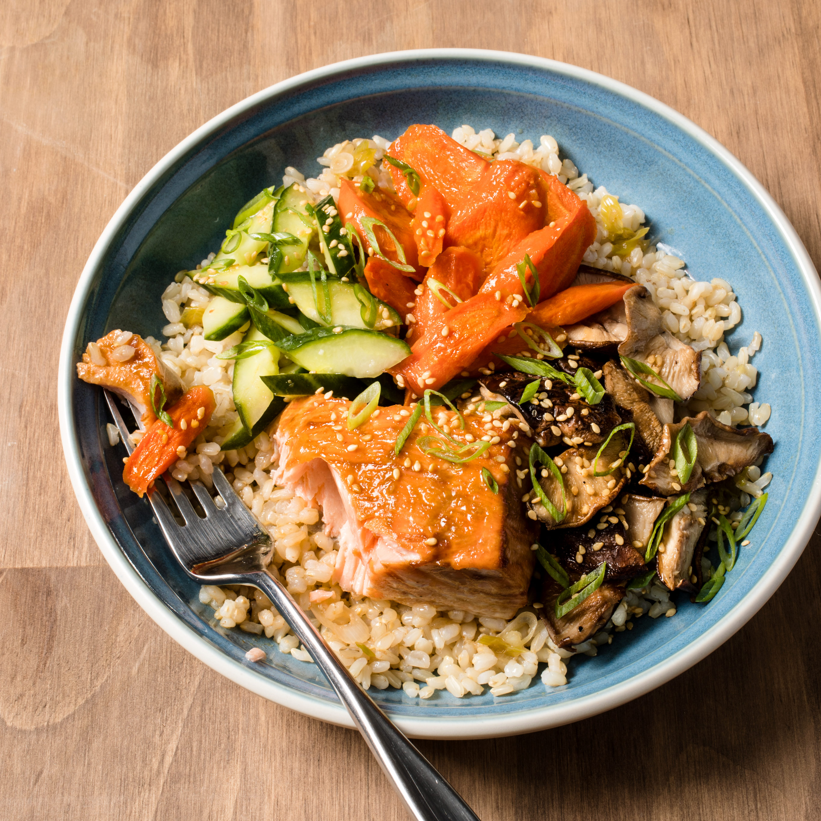 cbbe305955f3 Brown Rice Bowl with Vegetables and Salmon