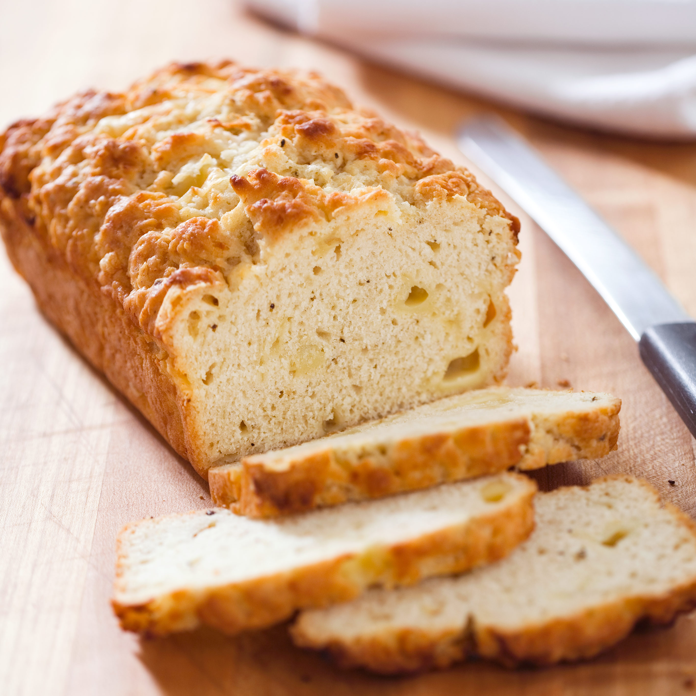 Quick Cheese Bread With Bacon Onion And Gruy 232 Re