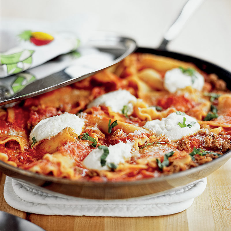 Skillet Lasagna with Sausage and Peppers