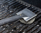 6. CLEAN GRILL GRATE