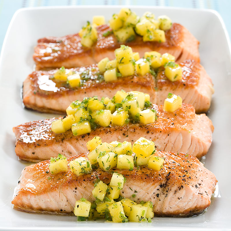 Country Kitchen Salmon Mango Salsa