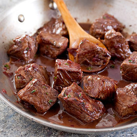 Detail sfs skillet 20steak 20tips 20with 20red 20wine 20sauce 04