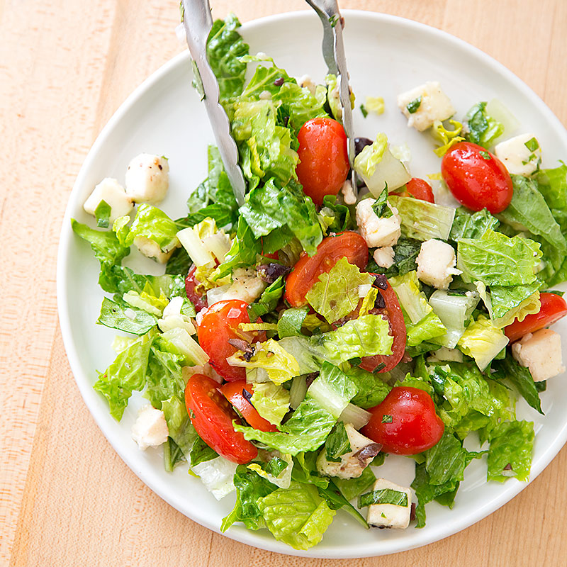 Kitchen Recipes: Chopped Caprese Salad