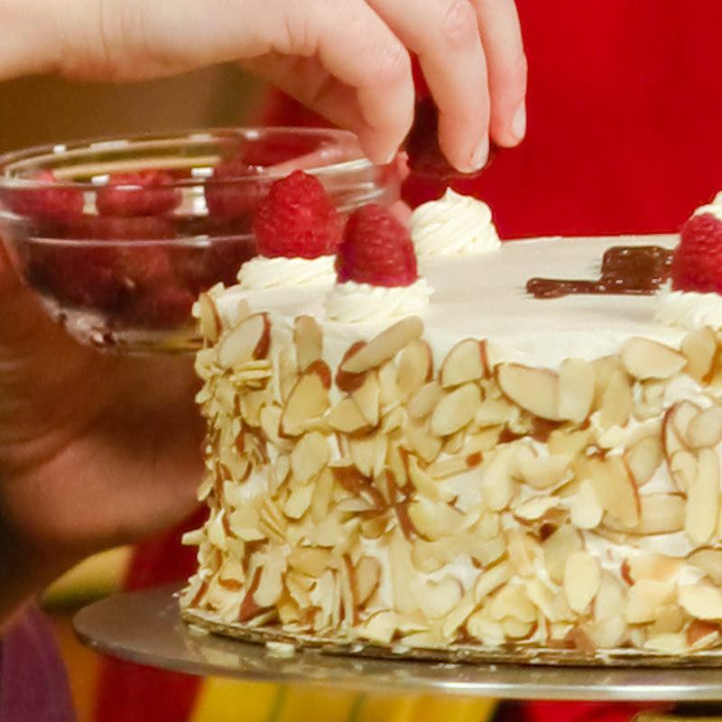 Round Cake Pans America S Test Kitchen